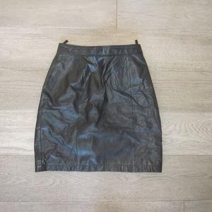 Wilsons Black Leather Skirt